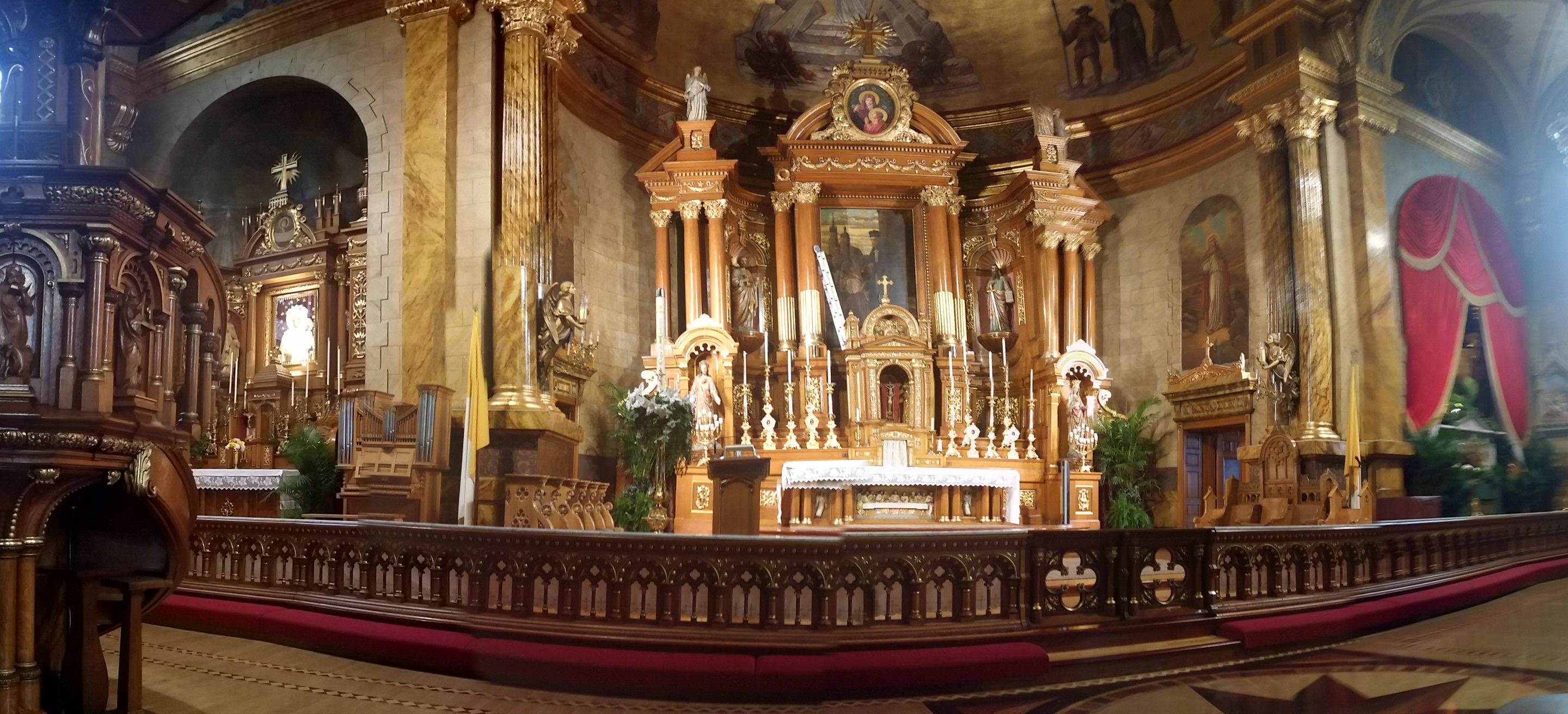 View Full Size St John Cantius an Amazing Place to Pray